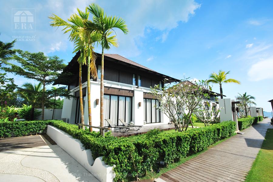 Villa in Oriental Beach Village with seaview