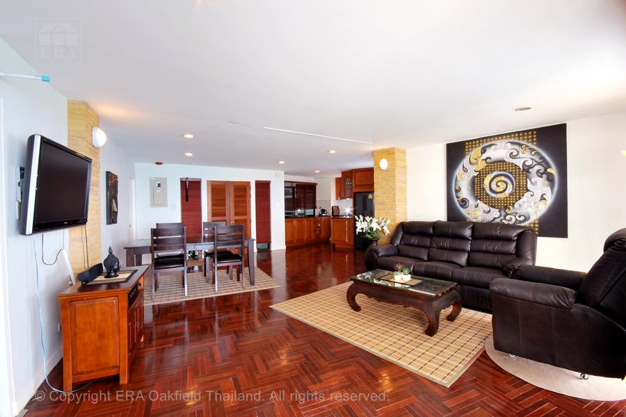 Hyra lägenhet Ban Phe Thailand Vardagsrum