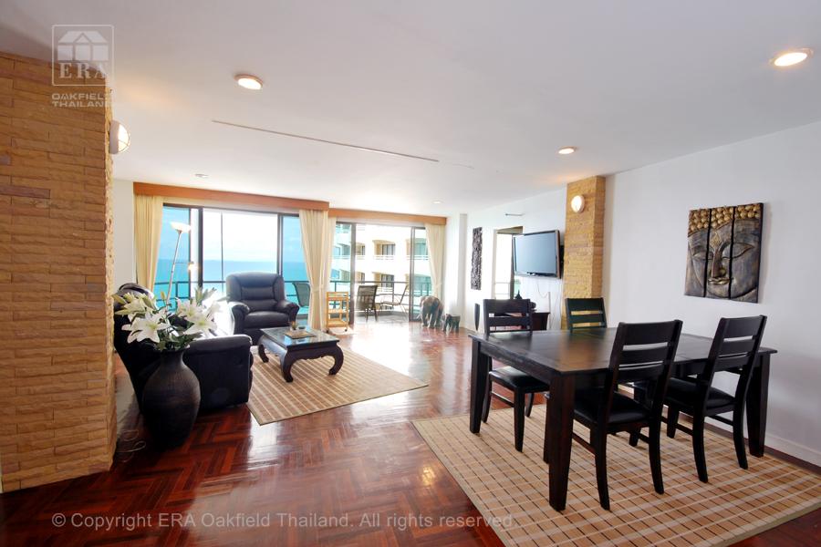 Hyra lägenhet Ban Phe Thailand Vardagsrum3
