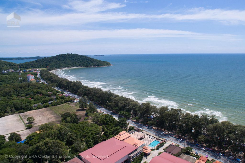 air photo of mae ramphung beach