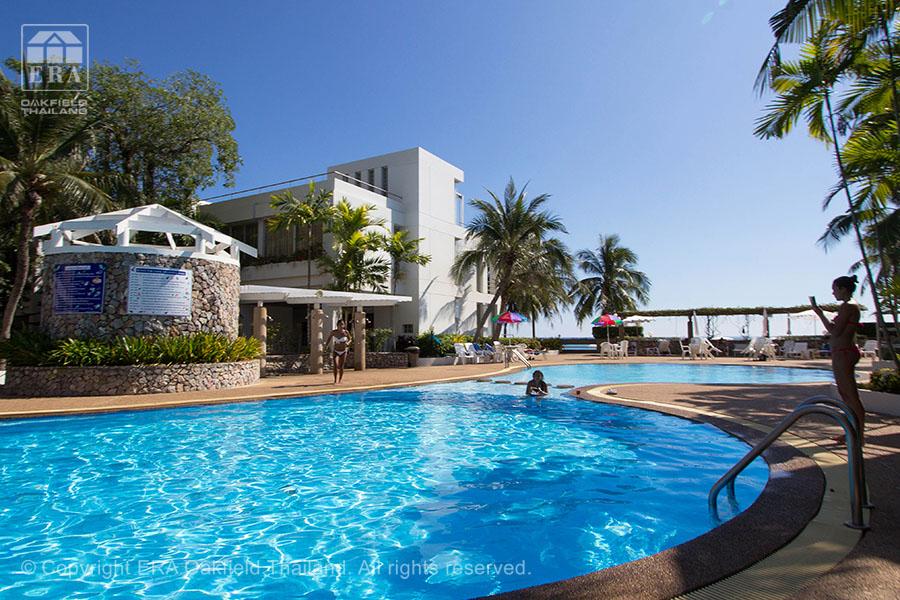 Hyra hus Crystal Beach Rayong pool